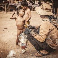 Контрасты Камбоджи... :: Александр Вивчарик