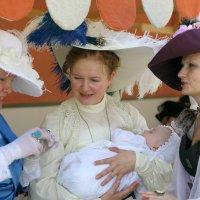 три грации с ребенком :: Олег Лукьянов