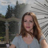 Девушка у фонтана-4. :: Руслан Грицунь