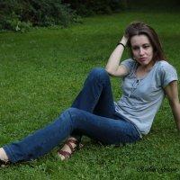 Девушка на природе-14. :: Руслан Грицунь