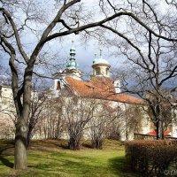 Собор Святого Лаврентия на Петршинском холме в Праге (Чехия) :: Денис Кораблёв