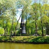 Лопатинский сад весной :: Милешкин Владимир Алексеевич
