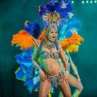 Бразильский танец :: Сергей Михайлов