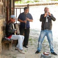 Уличные музыканты (Болгария) :: Пётр Беркун