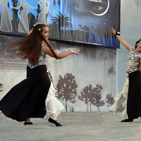 Танцовщицы :: Владимир Болдырев