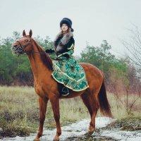 Наездница на царской охоте. :: Олеся Кива