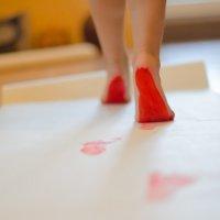 ножки по дорожке) :: Наталья Макарова