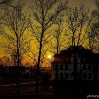 Закат солнца в Каменце :: Vadzim Zycharby