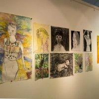 Выставка Лены :: Александр Деревяшкин