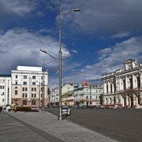 Площадь Конституции :: Татьяна Кретова