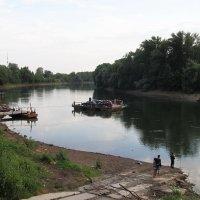 Паром на реке :: Николай Дони
