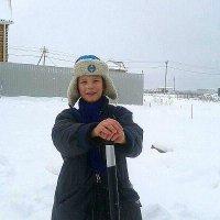 Мужичок с ноготок....)))Темка рад снегу ,как никто!!В Ташкенте он такого не видел!! :: Людмила Богданова (Скачко)