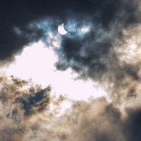 Сквозь облака :: Николай Пекарский