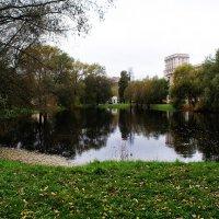Осенью в Лефортово :: Николай Дони