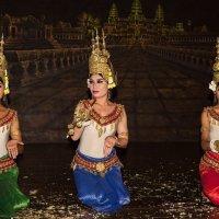 Камбоджа. Танцевальное шоу Апсара :: Владимир Леликов