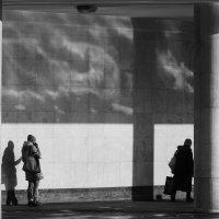 Мир людей и жизнь теней :: Андрей Михайлин