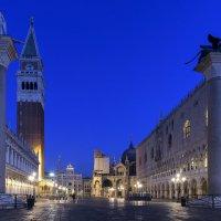 Восход солнца в Венеции :: Олег