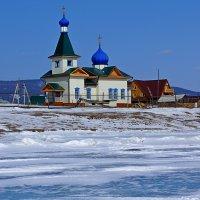 Храм на берегу Байкала. :: Вадим Коржов
