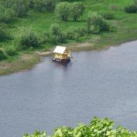 Плавающий домик. :: Сергей Исаенко