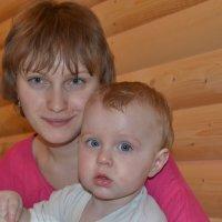 мама и  сын :: В ладимир Мажаров