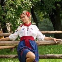 ...Вівчара в садочку в тихому куточку жде дівчина, жде... :: Александр Щербаков