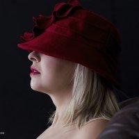 красная шляпочка :) :: Александр Иванов