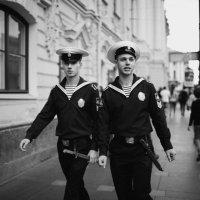 Город, люди :: Ольга Коблова