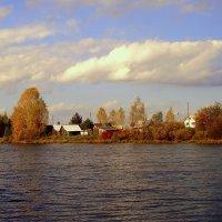 Осенний пруд :: Геннадий Солодовников