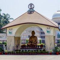 Статуя Вивеканды.Belur Math :: Михаил Юрин