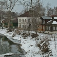 Дома у реки. г. Нерехта. :: Святец Вячеслав