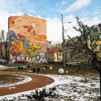 Городская зарисовка :: Николай Дони