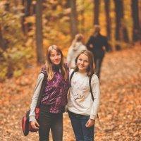 Осенний лес ипподрома Акбузат :: Александра Таланова