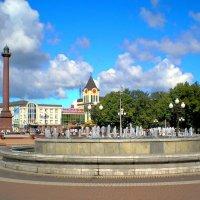 Главная площадь города :: Сергей Карачин