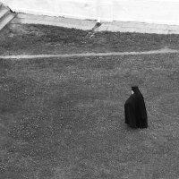 В монастыре :: Александр