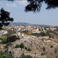 Деревушка в горах Крита :: Наталия Григорьева