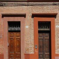 Двери.... и тени :: M Marikfoto
