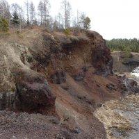 Остатки кратера вулкана, существовавшего миллионы лет назад. :: Галина