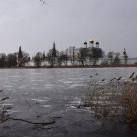 Монастырское озеро. :: vkosin2012 Косинова Валентина