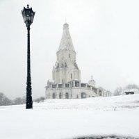 Снег в Коломенском :: Михаил Бибичков