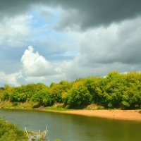 Днепровский берег перед грозой :: Милешкин Владимир Алексеевич