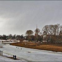 на набережной, Вологда :: Дмитрий Анцыферов