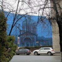 Вербное воскресенье, отражение. :: Геннадий Храмцов