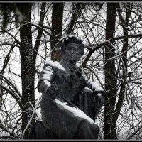 Памятник А.С.Пушкину. п.Пушкинские Горы :: Fededuard Винтанюк