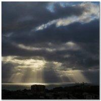 Солнце в тучах :: Валерий Дворников