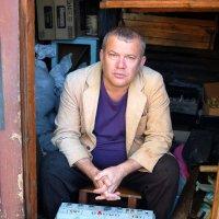 Автопортретик с магнитофончиком :: Александр Копалов