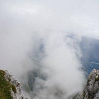 Туман в горах :: Алёна Савина