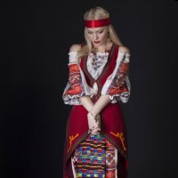 фотосессия в украинском образе :: Оля Грушевская
