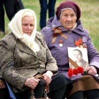 Солдатские вдовы :: Геннадий Ячменев