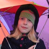 Ты меня сфотографируй, а я твой зонтик подержу! :: Наталья Лунева