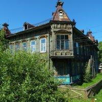 Красивый дом в г. Красный Холм :: Svetlana27